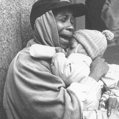black-mother-child-homeless